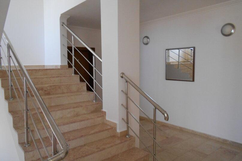 """Отель """"АМРИТА"""", проспект Аиааира, 14 на 17 номеров - Фотография 9"""