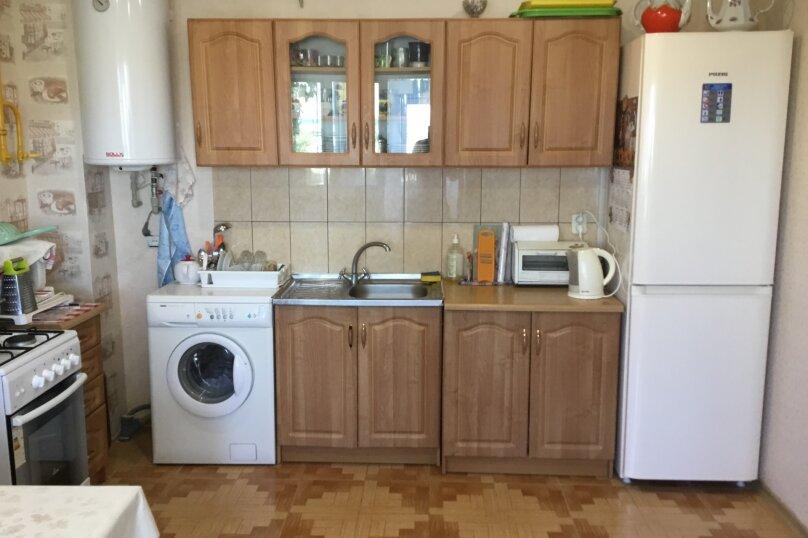 Дом, 114 кв.м. на 6 человек, 2 спальни, Шоколадная улица, 624, Судак - Фотография 17