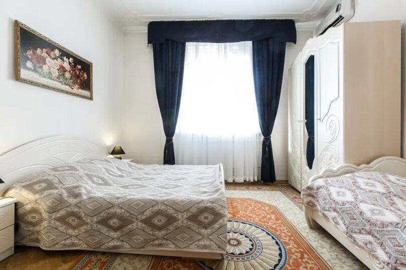 Половина дома под ключ, 75 кв.м. на 6 человек, 2 спальни, Насыпная улица, 11В, Адлер - Фотография 12