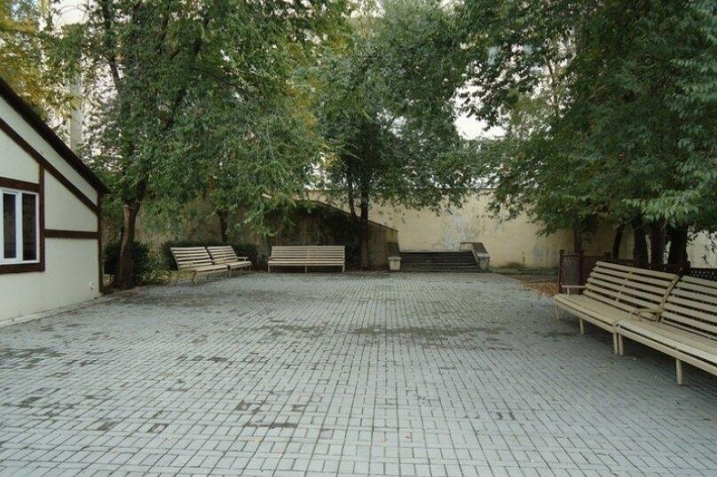 """Гостиница """"ИМПЕРИЯ"""", улица Карла Маркса, 12 на 12 номеров - Фотография 12"""