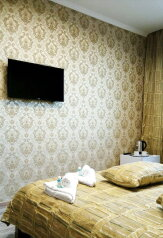 Двухместный номер STREET #7 с видом на Крокус Экспо, с двухспальной кроватью и собственной ванной комнатой:  Номер, Стандарт, 2-местный, 1-комнатный, Отель, Красногорский бульвар на 10 номеров - Фотография 3