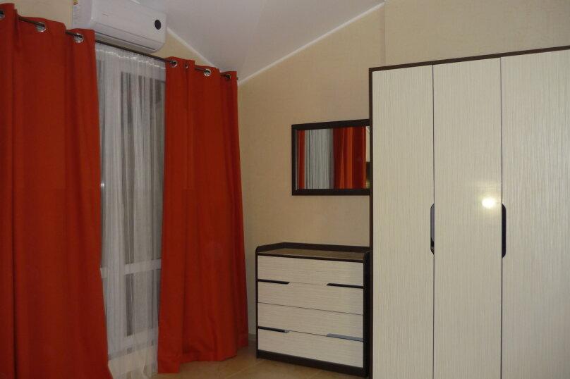 1-комн. квартира, 36 кв.м. на 4 человека, Крымская, 19 лит З, Геленджик - Фотография 1