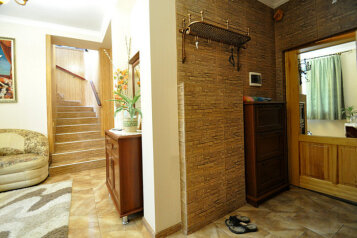 4-комн. квартира, 100 кв.м. на 7 человек, Пролетарская улица, 9, Гурзуф - Фотография 2