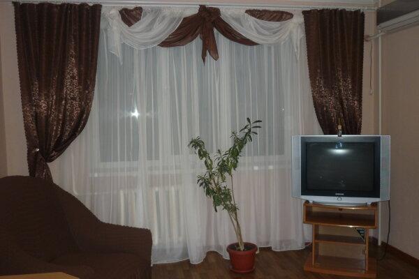 2-комн. квартира, 59 кв.м. на 4 человека, Крымская улица, 84, Феодосия - Фотография 1