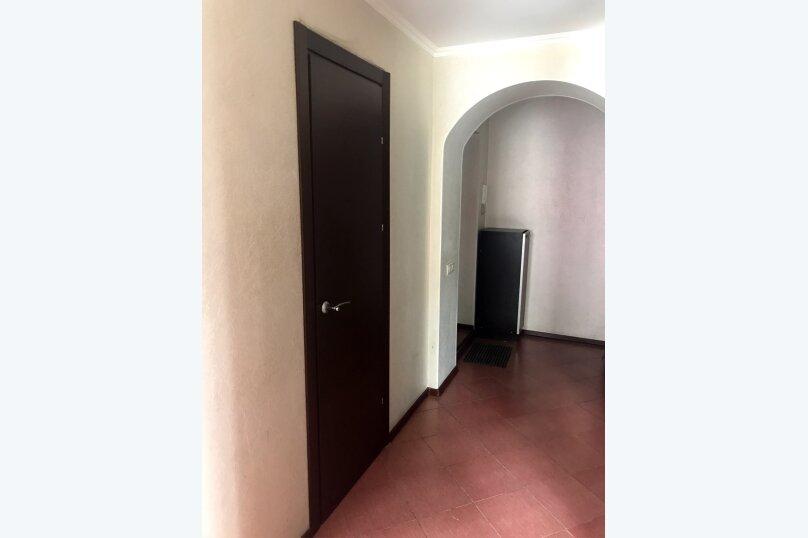 1-комн. квартира, 31 кв.м. на 2 человека, улица Чкалова, 21, Барнаул - Фотография 21