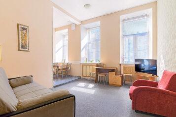 2-комн. квартира, 50 кв.м. на 5 человек, Захарьевская улица, 13, Санкт-Петербург - Фотография 1