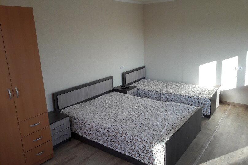 Дом, 40 кв.м. на 4 человека, 1 спальня, Армавирская улица, 79, Ейск - Фотография 2