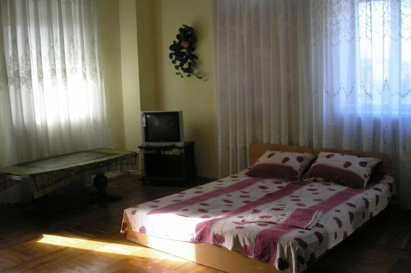 """Гостевой дом """"У Людмилы"""", Приморская, 1 на 5 комнат - Фотография 10"""