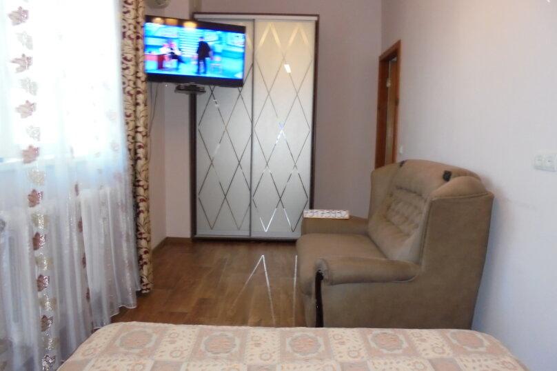 2-комн. квартира, 46 кв.м. на 5 человек, улица Ефремова, 26, Севастополь - Фотография 1
