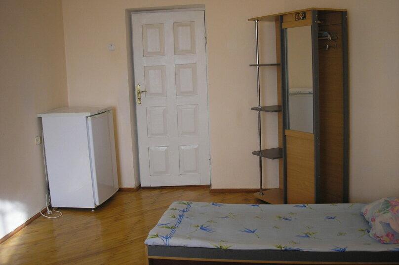 """Гостевой дом """"У Людмилы"""", Приморская, 1 на 5 комнат - Фотография 23"""