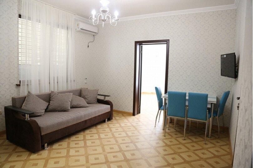 Гостевой дом «Невские звёзды», Шапсугская улица, 20 на 24 комнаты - Фотография 15