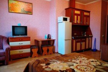 1-комн. квартира, 35 кв.м. на 4 человека, улица Розы Люксембург, Алупка - Фотография 1