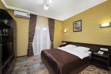 Мини-отель, улица Адмиральского, 31А на 21 номер - Фотография 2