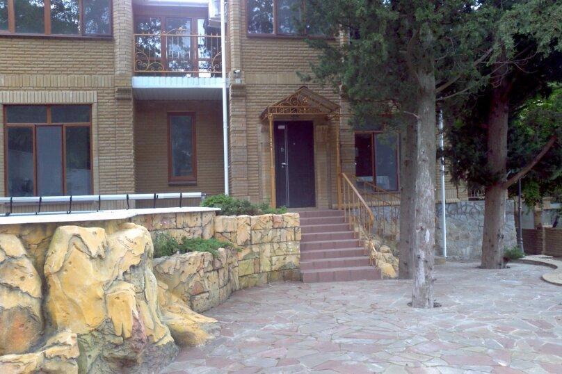 Сдам в аренду современный дом с бассейном, Ялта, 184 кв.м. на 8 человек, 3 спальни, Алупкинское шоссе, 83, Гаспра - Фотография 3