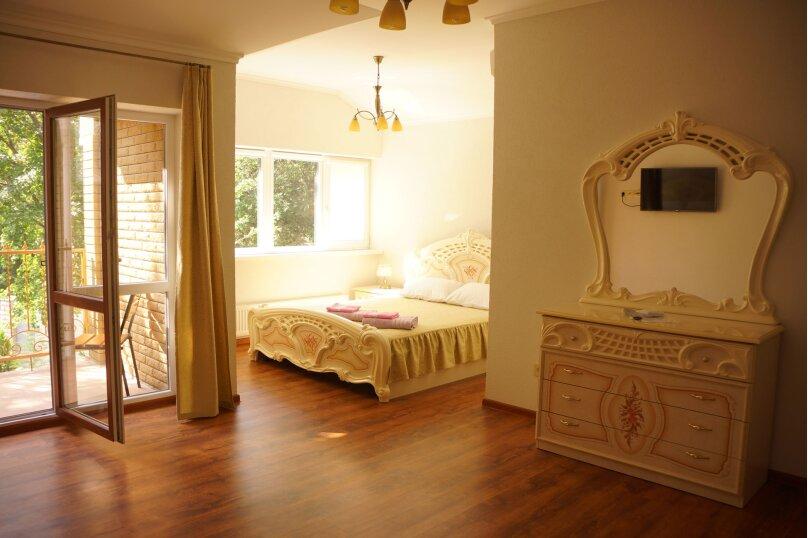 Сдам в аренду современный дом с бассейном, Ялта, 184 кв.м. на 8 человек, 3 спальни, Алупкинское шоссе, 83, Гаспра - Фотография 16