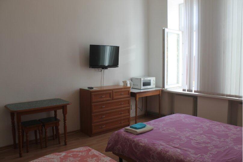Семейный с двумя отдельными кроватями, улица Богдана Хмельницкого, 30, Симферополь - Фотография 1