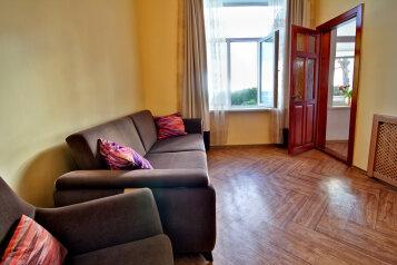 Комплекс гостевых квартир, Екатерининская улица на 11 номеров - Фотография 3