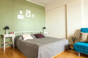 1-комн. квартира, 38 кв.м. на 6 человек, улица Руставели, 60, Санкт-Петербург - Фотография 1