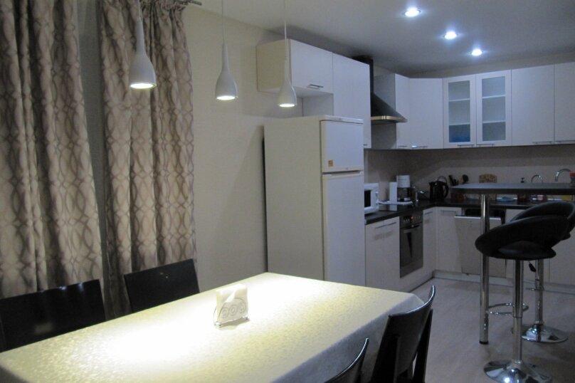 2-комн. квартира, 52 кв.м. на 4 человека, улица Софьи Ковалевской, 16Б, Петрозаводск - Фотография 3