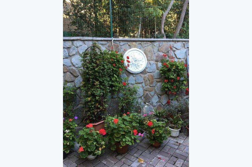 """Гостевой дом """"На Альфреда Вагула"""", улица Альфреда Вагула, 6А на 5 комнат - Фотография 4"""