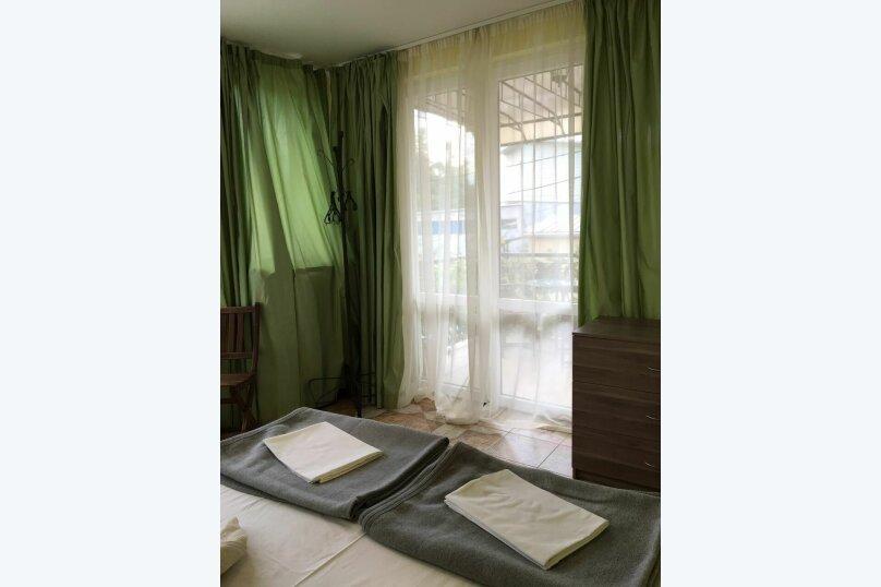 """Гостевой дом """"На Альфреда Вагула"""", улица Альфреда Вагула, 6А на 5 комнат - Фотография 16"""