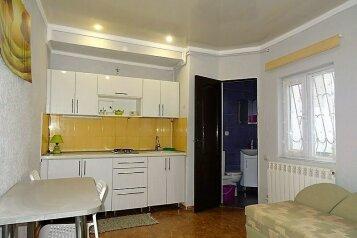 """Апартаменты в  доме в 3 мин. от пляжа """"Солярис""""., Хлебная на 3 номера - Фотография 3"""