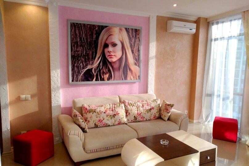 """Отель """"Rock Hotel First Line"""", улица Шерифа Химшиашвили, 15 на 16 номеров - Фотография 26"""