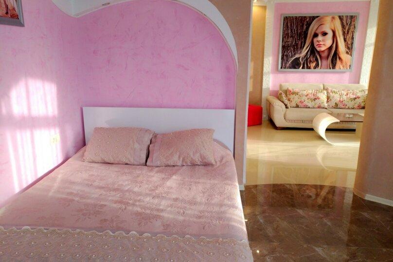 """Отель """"Rock Hotel First Line"""", улица Шерифа Химшиашвили, 15 на 16 номеров - Фотография 27"""