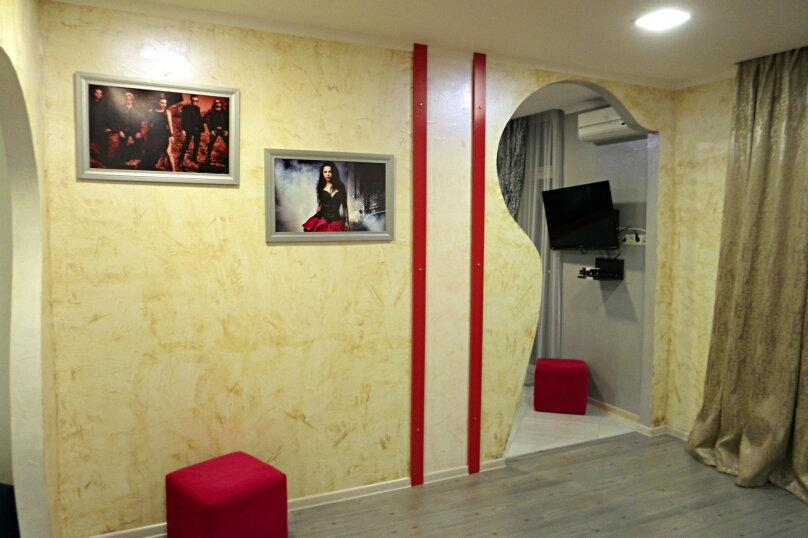"""Отель """"Rock Hotel First Line"""", улица Шерифа Химшиашвили, 15 на 16 номеров - Фотография 20"""