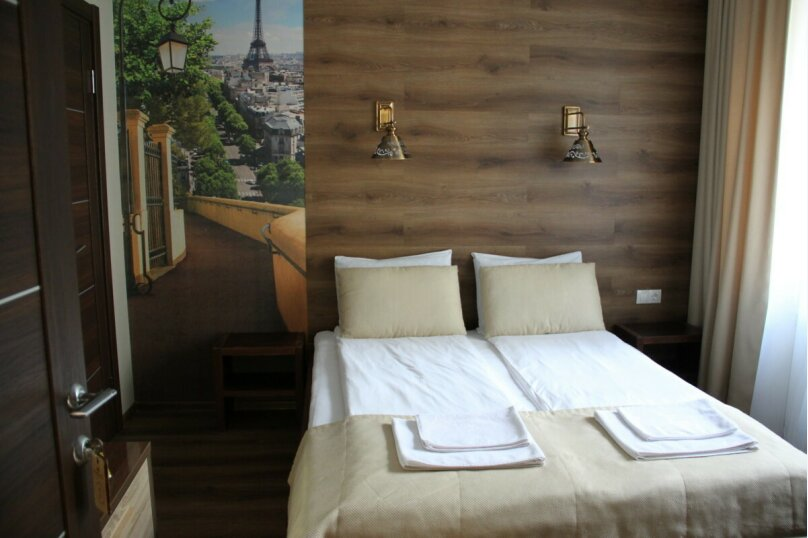 Улучшенный двухместный номер с большой двуспальной кроватью, улица Куйбышева, 17, Петрозаводск - Фотография 1