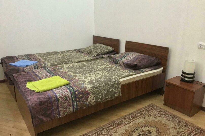 2х местный номер с 2 односпальными кроватями, улица Ивана Мачабели, 11, Тбилиси - Фотография 1