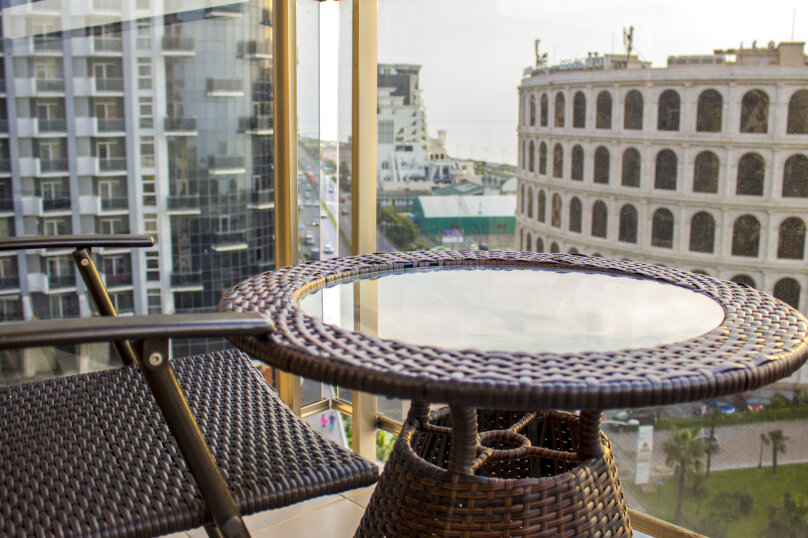 """Отель """"Rock Hotel First Line"""", улица Шерифа Химшиашвили, 15 на 16 номеров - Фотография 2"""