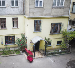 Backpackers Hostel , улица Ивана Мачабели на 6 номеров - Фотография 2