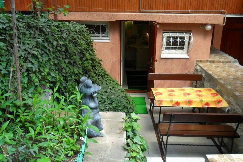 Дом с зелёным двориком, 100 кв.м. на 6 человек, 2 спальни, улица Загородная, дом 8, Ялта - Фотография 22