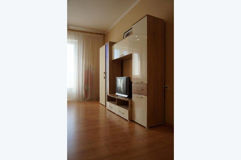 1-комн. квартира, 48 кв.м. на 4 человека, улица Авиаторов, 33, Красноярск - Фотография 24