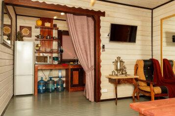 Гостевой дом целиком, 70 кв.м. на 8 человек, 3 спальни, дер. Дятлицы, КП Прилесье, ул. Смелая, 288, Санкт-Петербург - Фотография 3