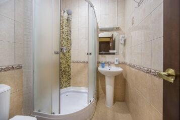 Отель , набережная реки Фонтанки, 52 на 7 номеров - Фотография 2