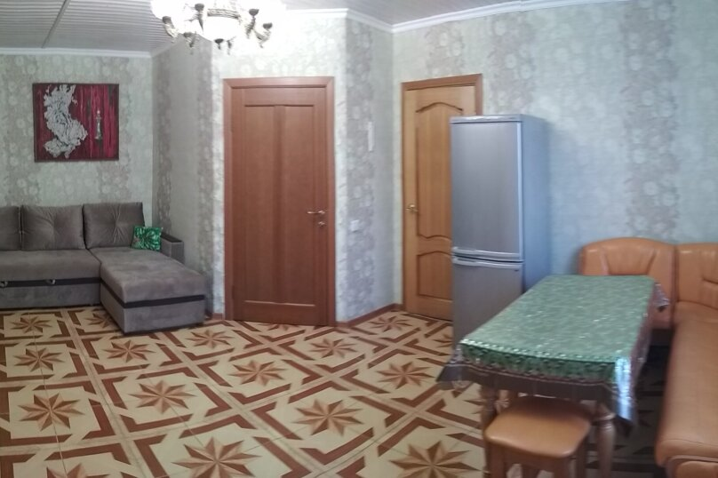 Отдельный коттедж с кухней , 80 кв.м. на 5 человек, 1 спальня, Ленина, 131, Кучугуры - Фотография 36