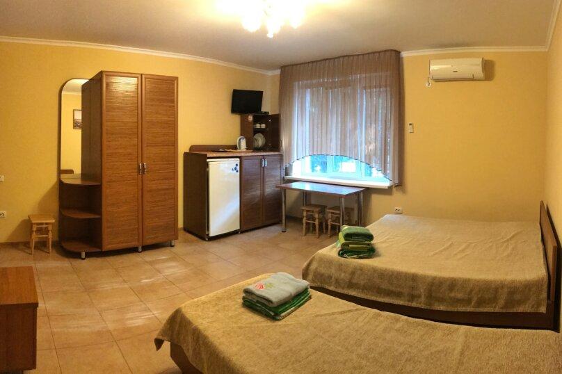"""Гостевой дом """"Дельфин"""", Семидворская улица, 13 на 29 комнат - Фотография 35"""