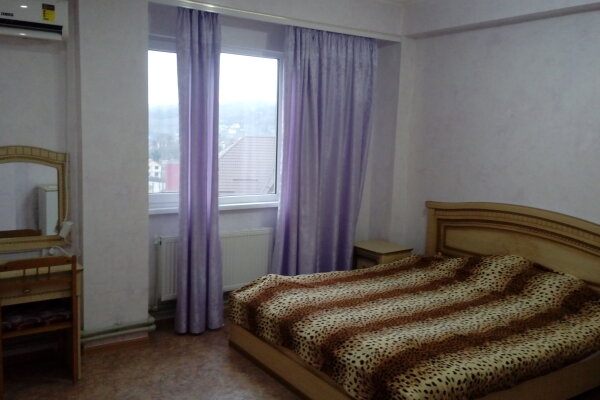 Дом, 100 кв.м. на 11 человек, 3 спальни, Огородный переулок, 11/52, Вардане - Фотография 1