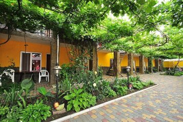 Частный двор , Курортный переулок, 9 на 24 номера - Фотография 1