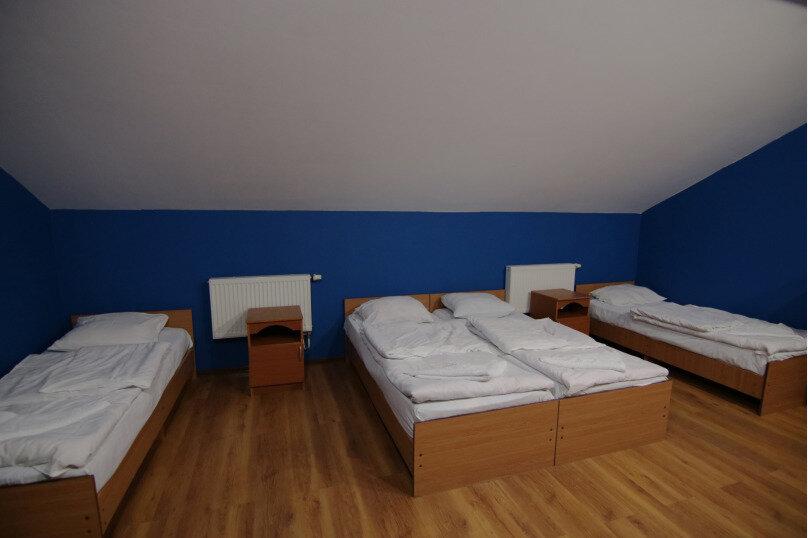 Место в 4-х местном номере, улица Мира, 161, Адлер - Фотография 1