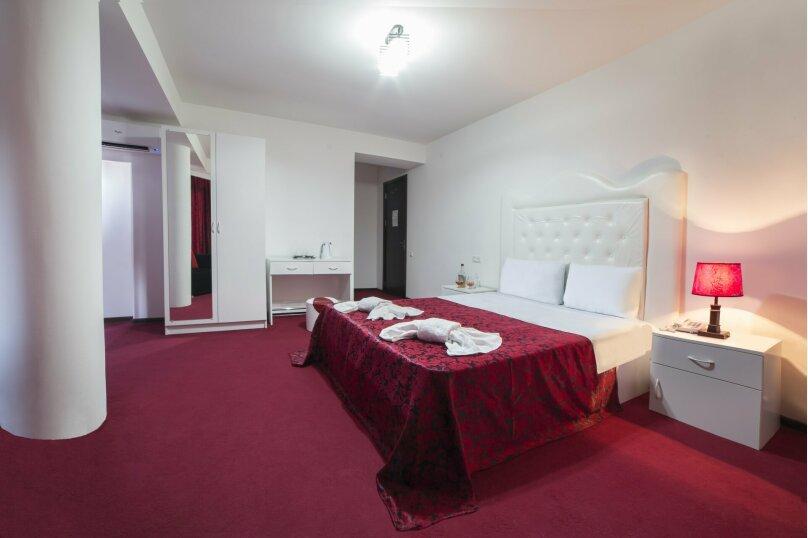 Comfort Double room, 1-я улица Гуджарети, 17, Тбилиси - Фотография 2