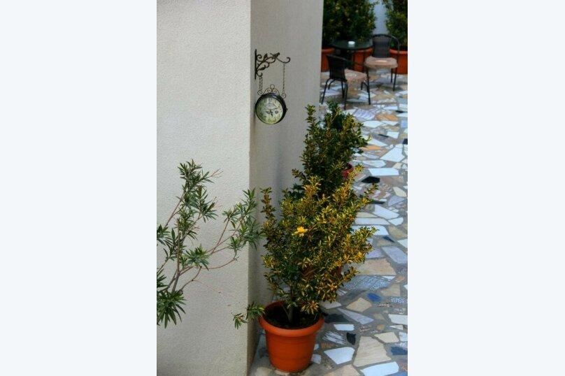 """Отель """"Mariali"""", улица Авлабари, 4 на 8 номеров - Фотография 2"""