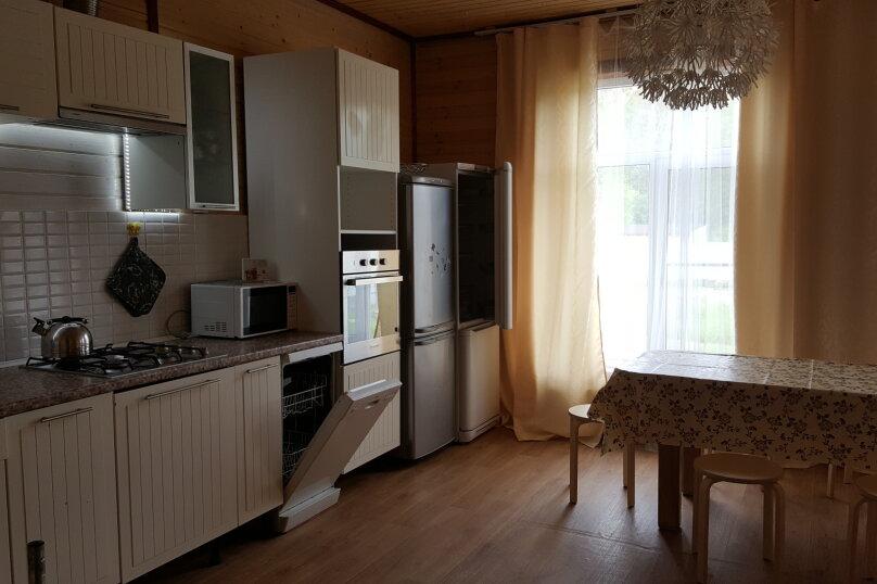 Дом, 110 кв.м. на 10 человек, 4 спальни, пос. Глубокое, уч. 13, Санкт-Петербург - Фотография 5