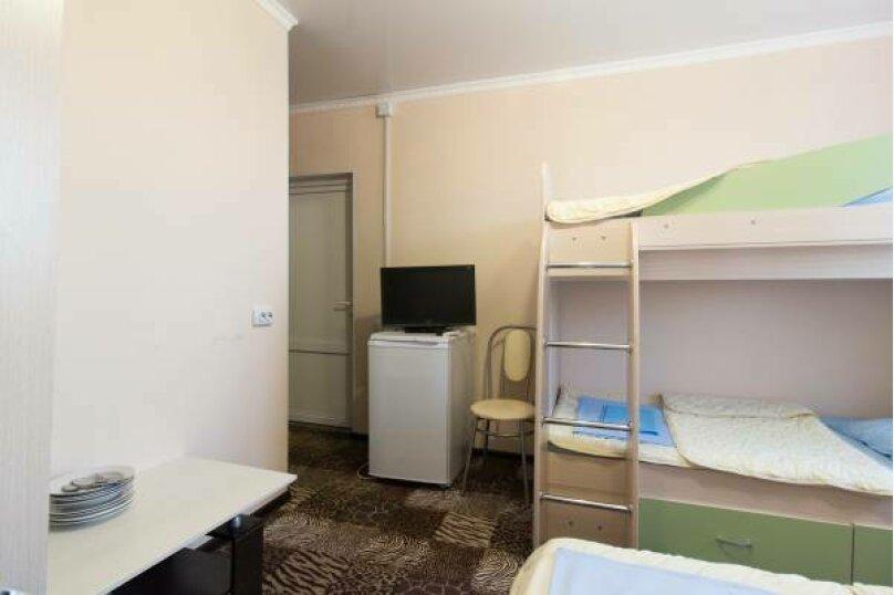 2+двух ярусная ,4х местный номер ,удобства в номере, улица Овражная, 14, Соль-Илецк - Фотография 1