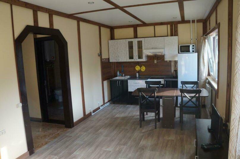 Дом с 2 спальнями , 84 кв.м. на 6 человек, 2 спальни, пос. Ларионово, ул. Озерная, 38, Приозерск - Фотография 9
