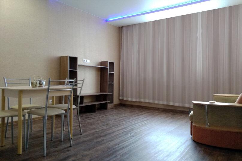 2-комн. квартира, 50 кв.м. на 4 человека, улица Электриков, 9, Екатеринбург - Фотография 4