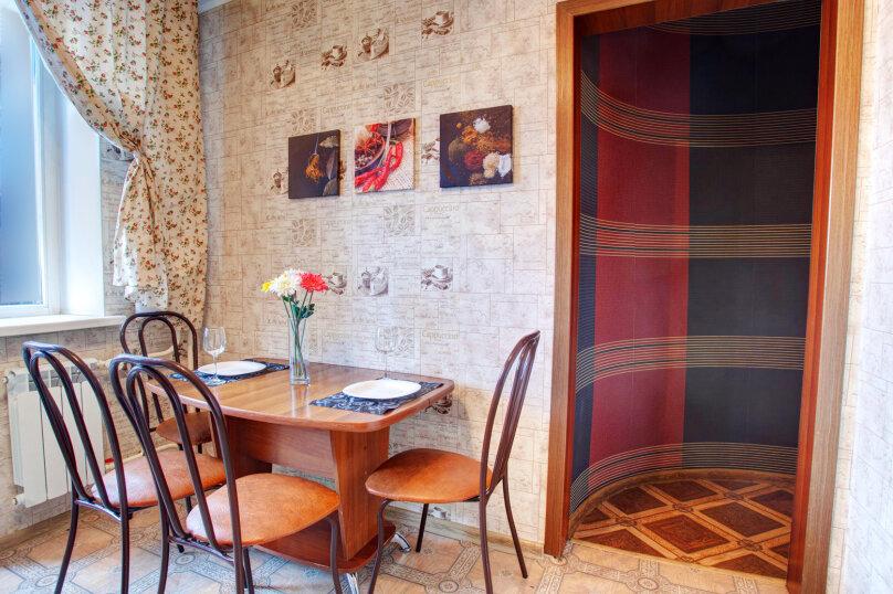 1-комн. квартира, 40 кв.м. на 4 человека, улица Алексеева, 27, Красноярск - Фотография 4
