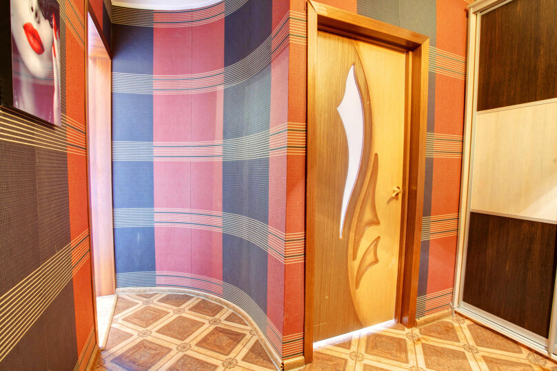 1-комн. квартира, 40 кв.м. на 4 человека, улица Алексеева, 27, Красноярск - Фотография 7